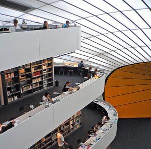 Biblioteca de la Universidad Libre de Berlín | svenwenk (CC)